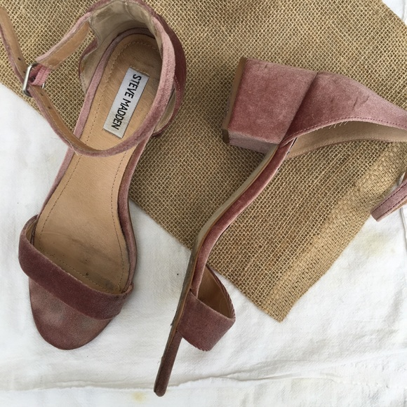 fc38183014 Steve Madden Shoes | Rose Gold Velvet Irenee Sandals | Poshmark